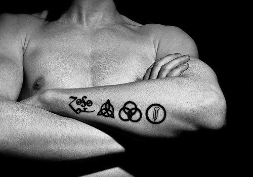preto_smbolos_de_antebraço_para_o_projeto_da_tatuagem