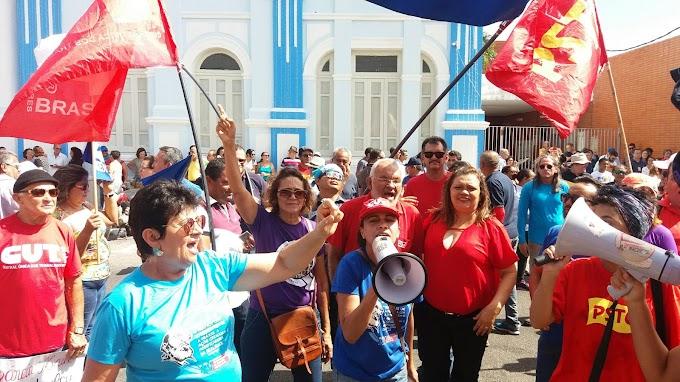 SINTE - regional João Câmara participa do  protesto contra votação do pacote fiscal na Assembleia do RN.