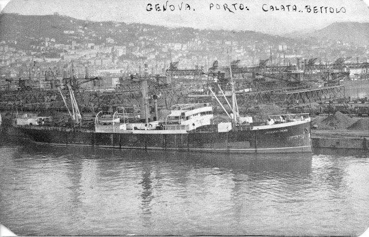 El vapor AIZKARAI MENDI en Genova. Foto de la pagina web NAVI E ARMATORI. Nuestro agradecimiento..jpg