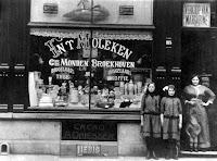 Broekhoven, Adriana Petronella  Winkel in Antwerpen 1914.jpg
