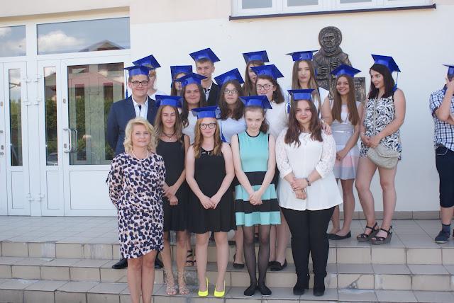 Pożegnanie klas trzecich gimnazjum - DSC06375.JPG