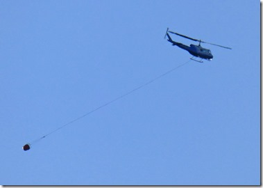 Helicopter headed for Lobster Creek Fire