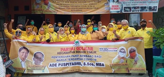 PK GOLKAR Bekasi Timur Bagikan Paket Sembako kepada Warga yang terdampak COVID-19