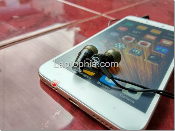 Desain Audio Technica SonicFuel ATH-CLR100is