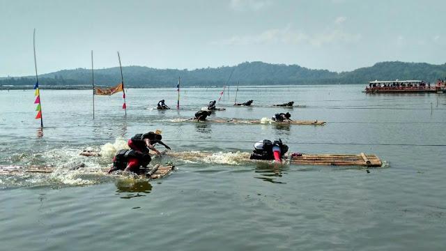 Festival gethek Awali Perayaan Grebek Syawalan Rowo Jombor