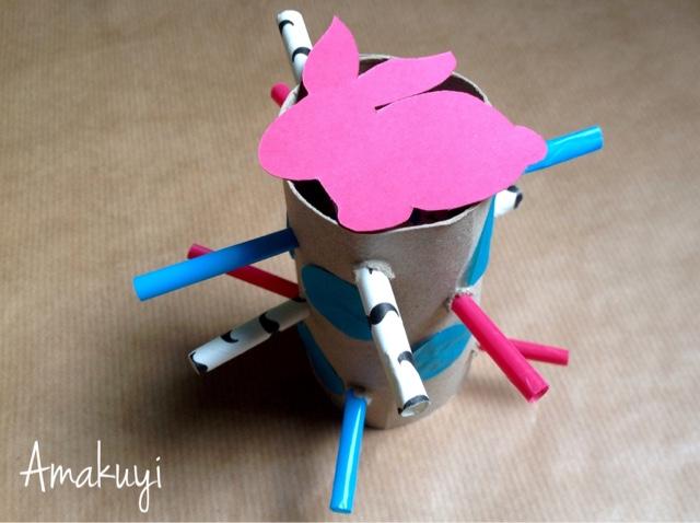 Empaquetado-reciclaje-tubos-cartón-Pascua-niños-chocolate