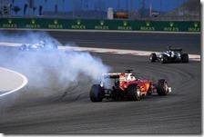 Fumo dalla Ferrari di Vettel