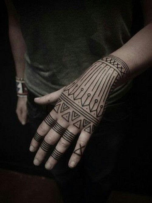 mao_tatuagens_mais_legais_projetos_do_tattoo_14