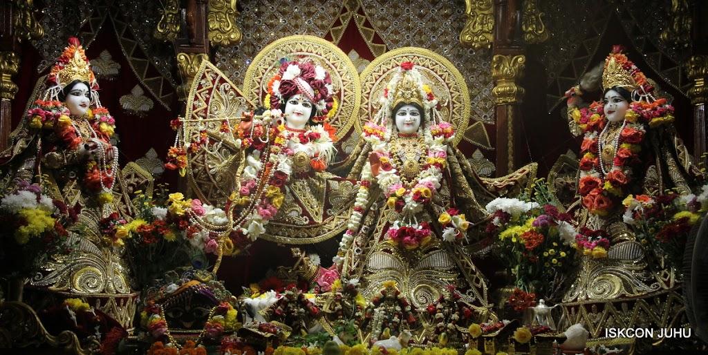 ISKCON Juhu Sringar Deity Darshan on 5th Aug 2016 (1)
