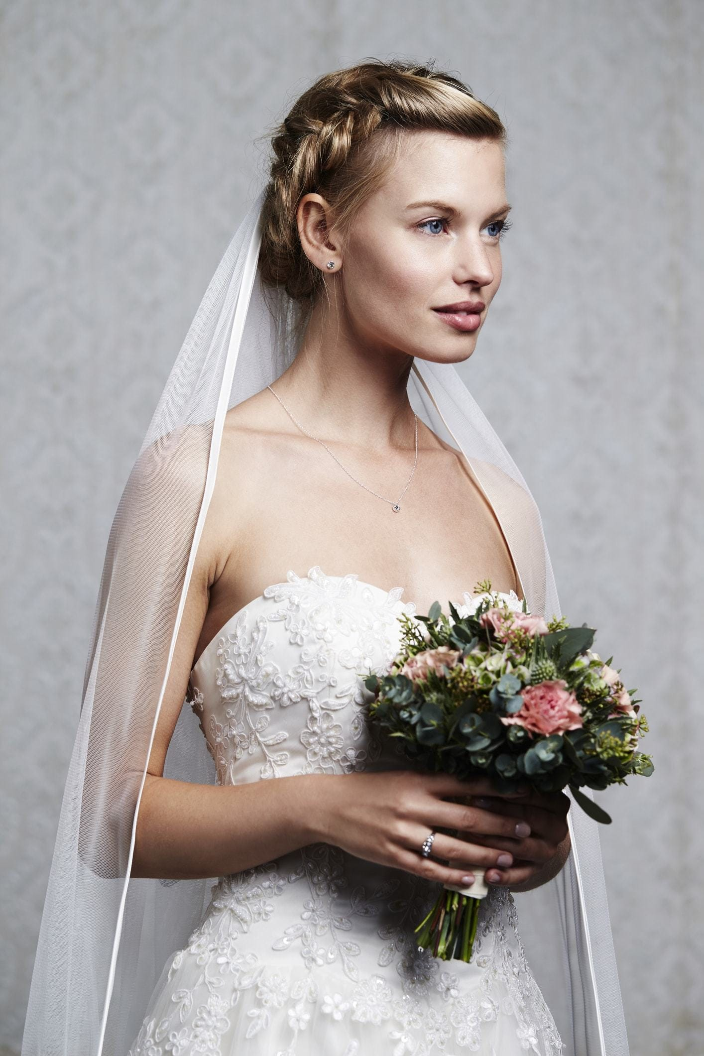 2018 Top Wedding Hairstyles For Amazing Bridal Style! 5
