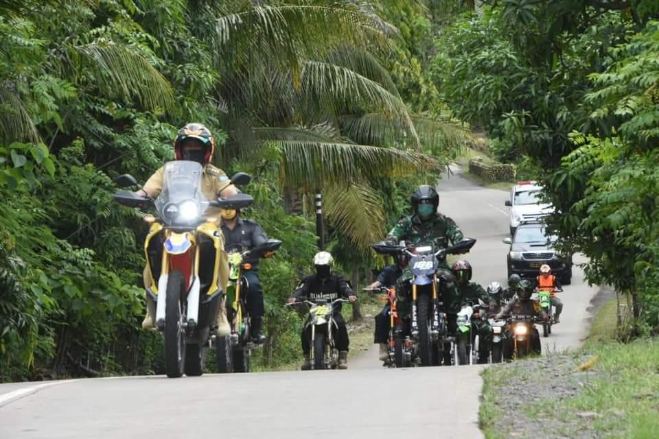 Bupati HA Kaswadi Razak Bersama Forkopimda Pantau Perbatasan Soppeng - Bone