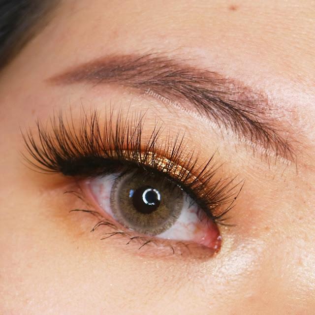 Madame-Gie-Beauty-Blink-Fame-Liquid-Eyeshadow-05-4