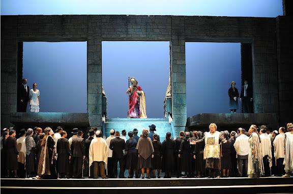Ópera Nabucco, de Giuseppe Verdi. Producción del Teatro Regio di Parma