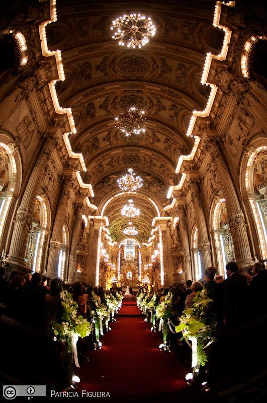 Foto de casamento 2740 de Renata e Cristiano. Marcações: 28/08/2010, Casamento Renata e Cristiano, Igreja, Igreja Sao Francisco de Paula, Rio de Janeiro.