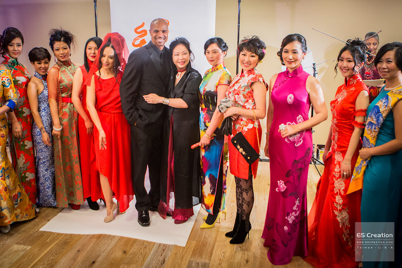 Monique Zhang and Charleston Pierce surrounded by leaders of Hundred Asian Beauties. Photo by Simon Fu of ES Creation.