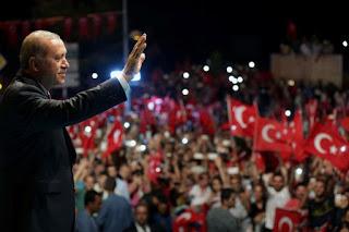 Putsch avorté en turquie: 216 militaires, dont neuf généraux, toujours en fuite