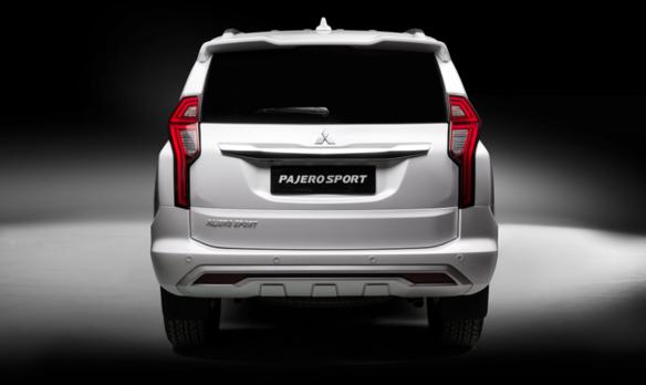 Đánh giá xe Mitsubishi Pajero Sport 2020-3