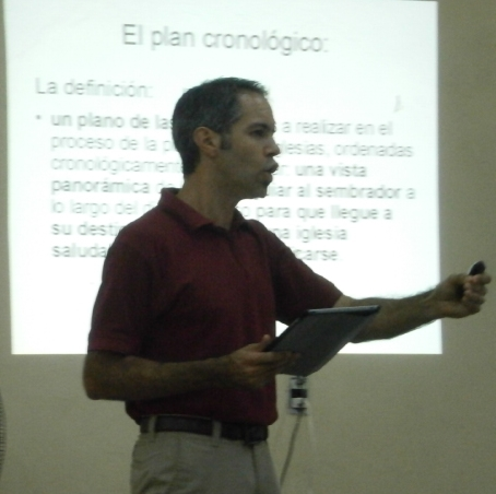 Dave speaking about the chronological plan to church planting