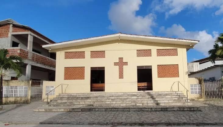 Nova Paróquia Sagrada família, se torna a 4° paróquia no bairro de Mangabeira