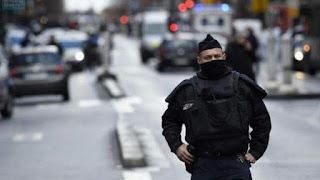 Menaces d'attentats en France : un adolescent de 15 ans «prêt à passer à l'acte» mis en examen et écroué.