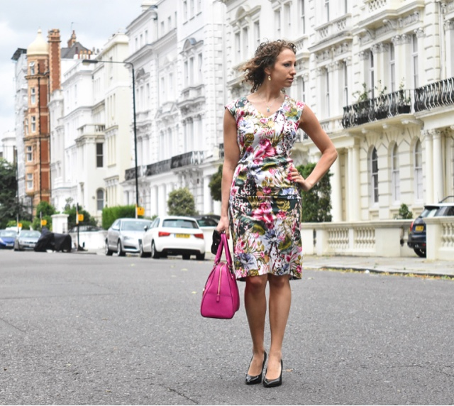 Notorious Nicolette: Pastel Homes And Nottinghill
