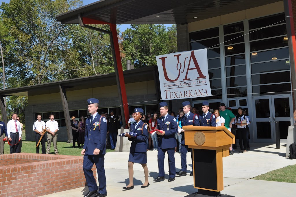 UACCH-Texarkana Ribbon Cutting - DSC_0374.JPG