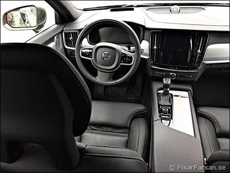 Inredning-Volvo-V90-Cross-Country