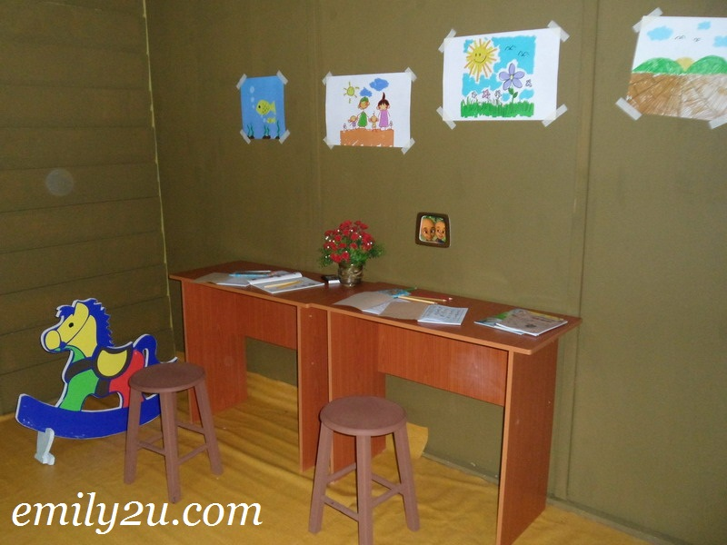 Rumah Opah Upin Ipin Animation Series From Emily To