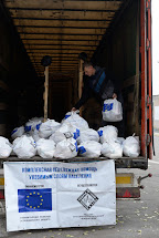 Distribuce potravinových balíčků. Gorskoe, Ukrajina. Foto: Roman Lunin, Člověk v tísni