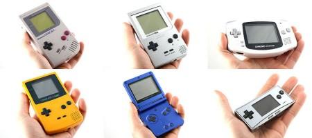 em cima: Game Boy, Game Boy Pocket, Game Boy Advance. embaixo: Game Boy Color, Game Boy Advance SP, Game Boy Micro