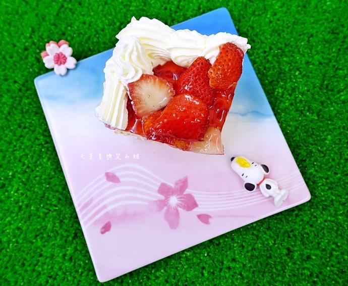 12 好市多必買 Costco 必買 網友推薦  新鮮草莓千層蛋糕