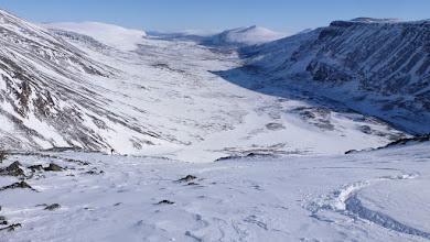 Photo: Láddjuvággi and our ski tracks