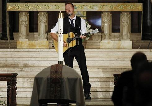 Beau Biden's Funeral3 chris martin