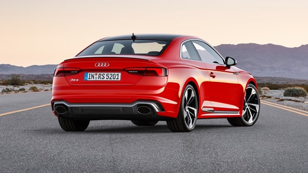 Audi-RS5_Coupe-rear