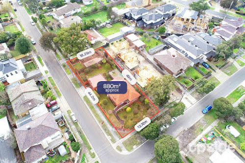 Photo of property at 27 Westbrook Street, Chadstone 3148