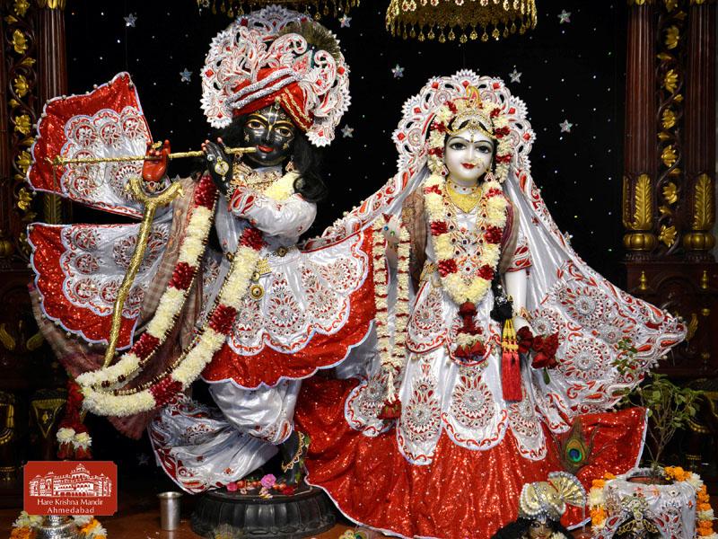 ISKCON Hare krishna mandir Ahmedabad 13 Dec 2016 (1)