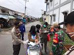 38 Orang Tak Pakai Masker Terjaring Saat Operasi Yustisi  Di Pasar Sekadau Diberikan Teguran Tertulis