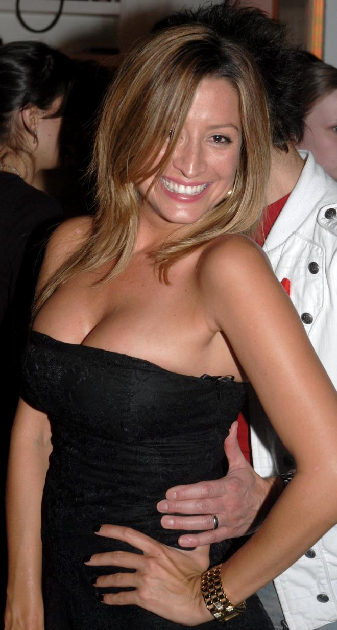 Rebecca Loos Net Worth, Income, Salary, Earnings, Biography, How much money make?