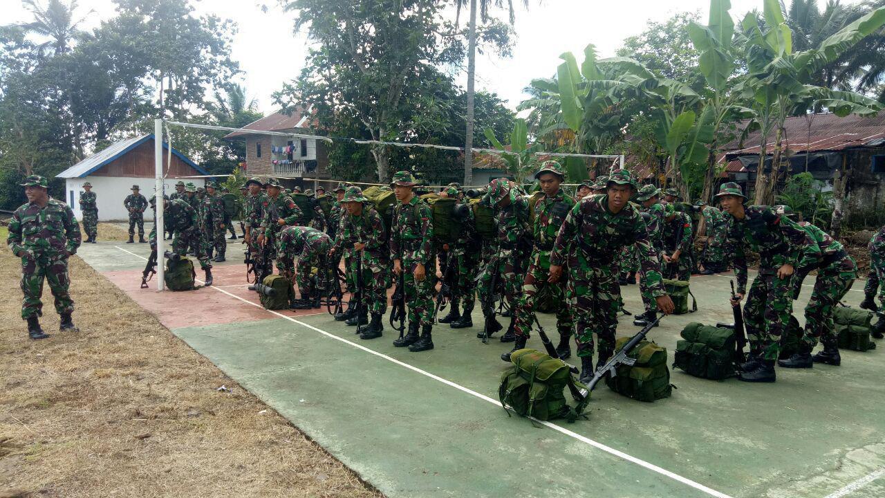 Ratusan Prajurit TNI Tinggal di Rumah Warga Desa Tompobulu Sekira Sebulan Untuk Lakukan Ini