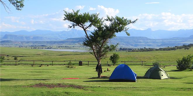 camping van Amphitheatre Backpackers, omringt door de Drakensberg - Zuid Afrika