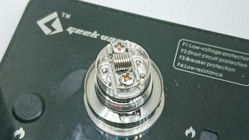 DSC 2766 thumb%25255B3%25255D - 【RTA】「Kayfun V5 RTA」(SvoëMesto)」+「Steam Tuners「Kayfun 5 Nano kit」ケイファン5ナノキット」「MTLパーツ」レビュー。高級マスプロRTAを初めて使う!!果たして。