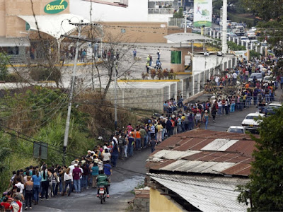 Hungry Venezuelans cry at the sight of food