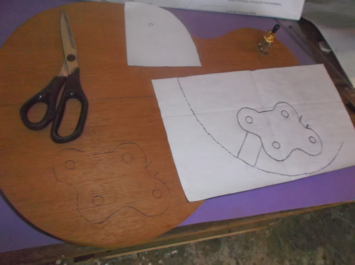 Construção inspirada Les Paul Custom, meu 1º projeto com braço colado (finalizado e com áudio) DSCF0526