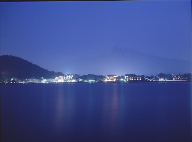 霧の河口湖 ウイスタ45D シュナイダー ジンマー150mm