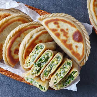 Chinese Chive Pockets (韭菜盒子).