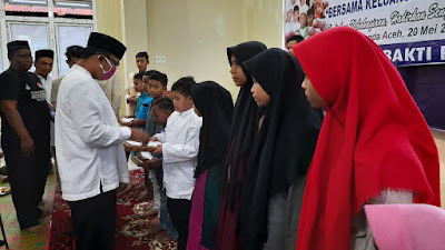 Sambut Idul Fitri, Relawan Catur Bakti KB PII Aceh Santuni Anak Yatim