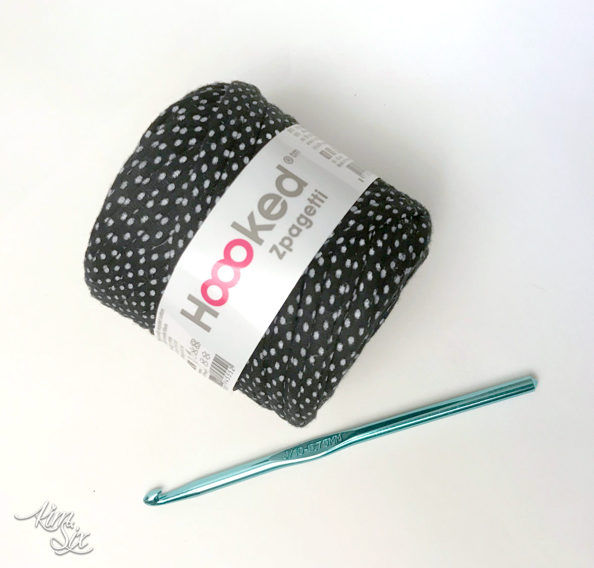 Crocheting with Hoooked zpagetti yarn