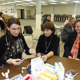 Spotkanie medyczne z Dr. Elizabeth Mikrut przy kawie i pączkach. Zdjęcia B. Kołodyński - SDC13606.JPG