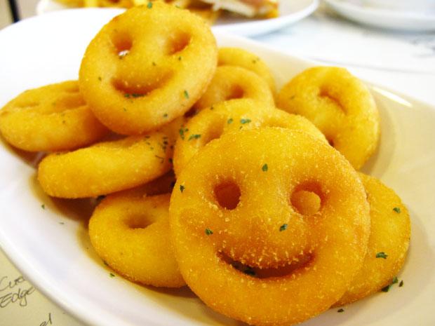 所以又加點了一份笑臉薯餅-台中美食阿喜義大利麵