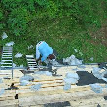 Delovna akcija - Streha, Črni dol 2006 - streha%2B048.jpg